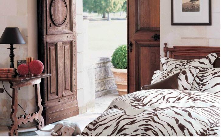 D porthault tiger bedding
