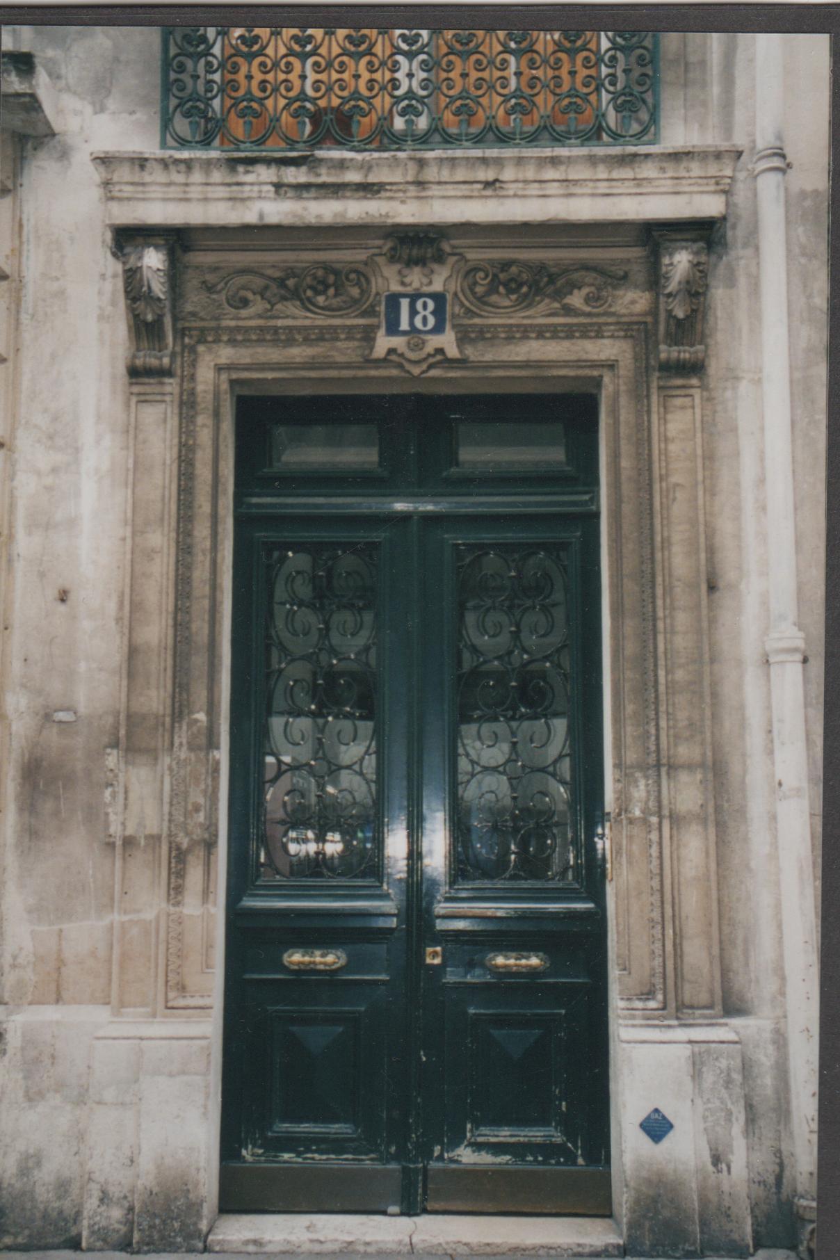 paris door, french door, paris architecture