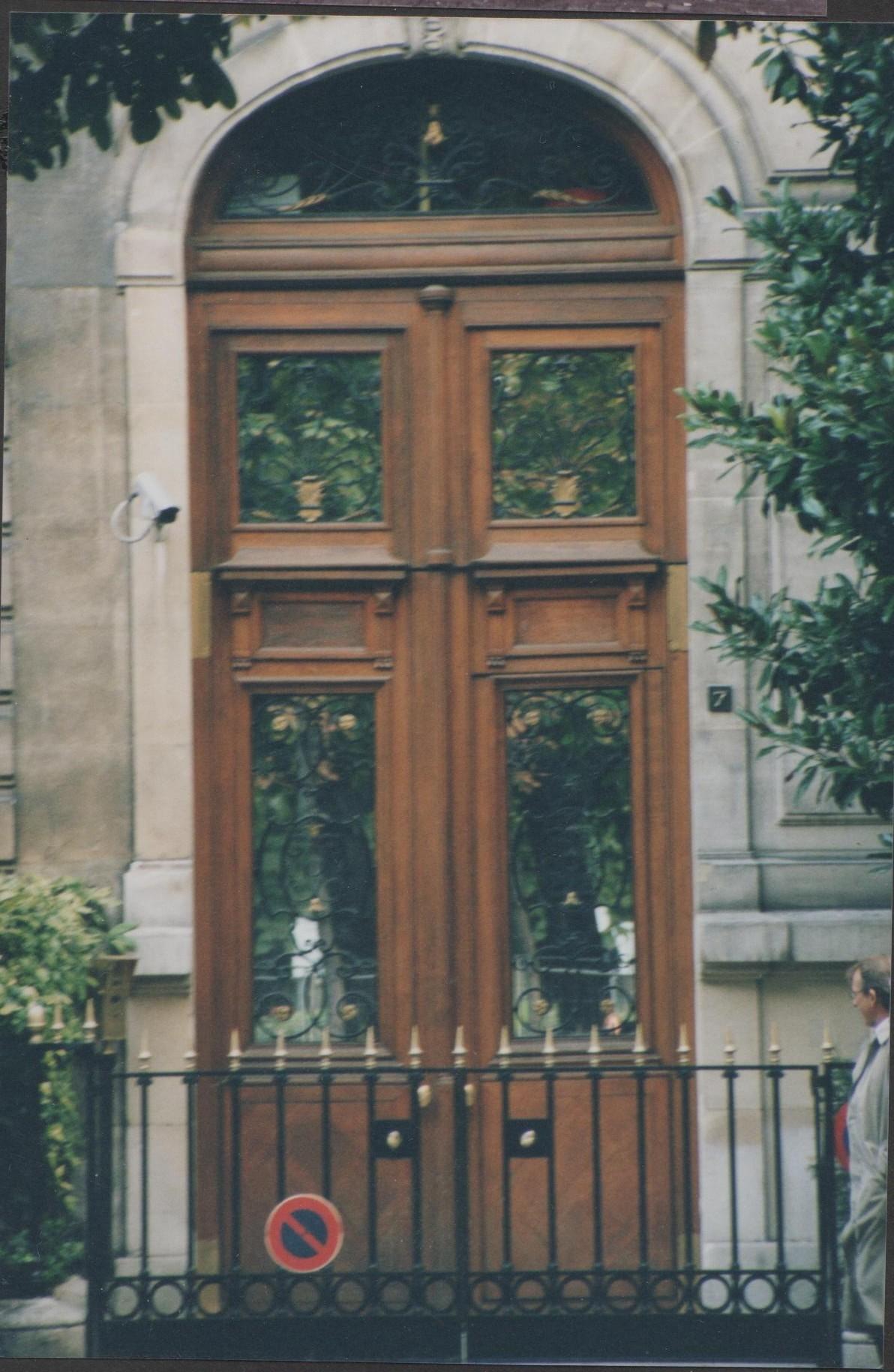 paris door, paris architecture, france